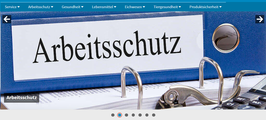 """Aktenordner mit der Aufschrift """"Arbeitsschutz"""""""